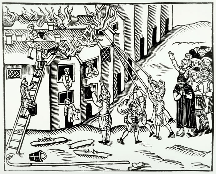 Pozhar-na-Tiverton-1617.